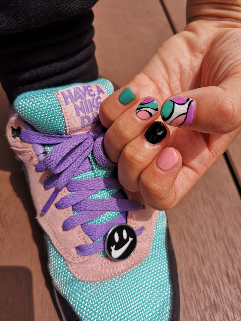 """【ネイル&スニーカー vol.1】Nike Air Max 1 """"Have a Nike Day""""とペアリングしたネイルアート"""