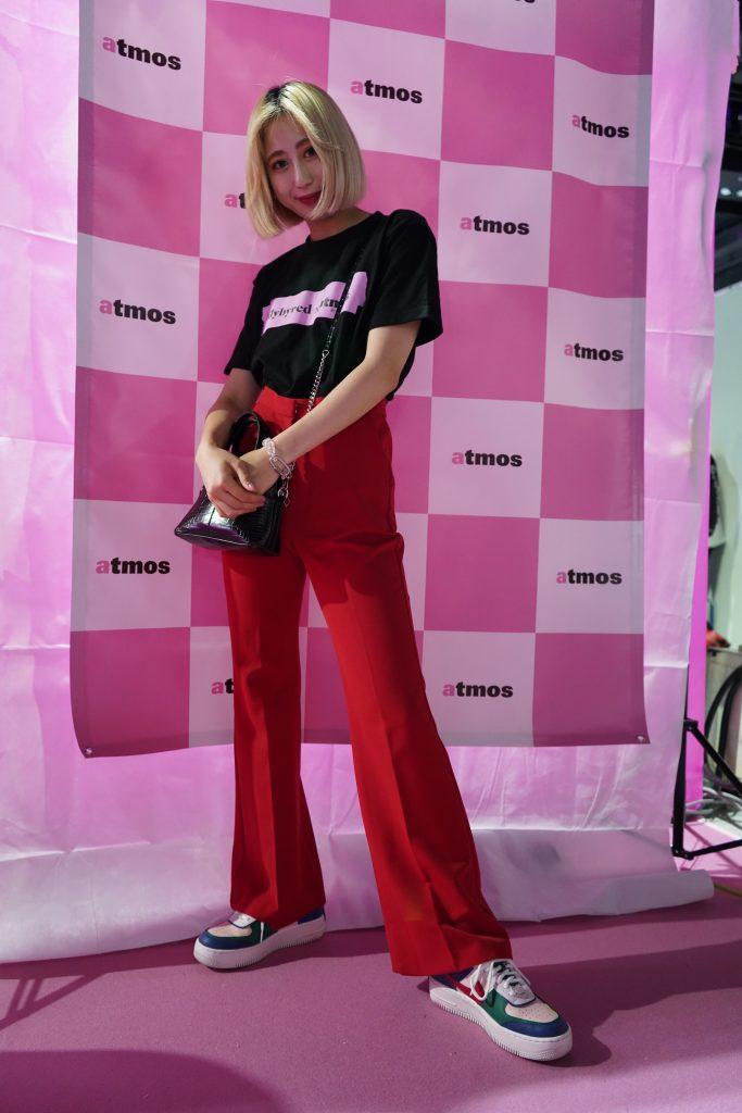 atmoscon-vol.7-sneaker-girl-style-snap-Kawamura-atmos-pink-pr