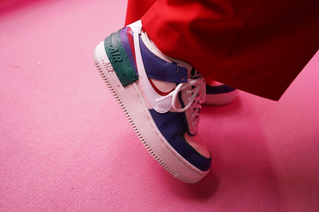 アトモスコン 7 スナップ写真 (atmoscon-vol.7-sneaker-girl-style-snap-Kawamura-atmos-pink-pr_AF1 Shadow)