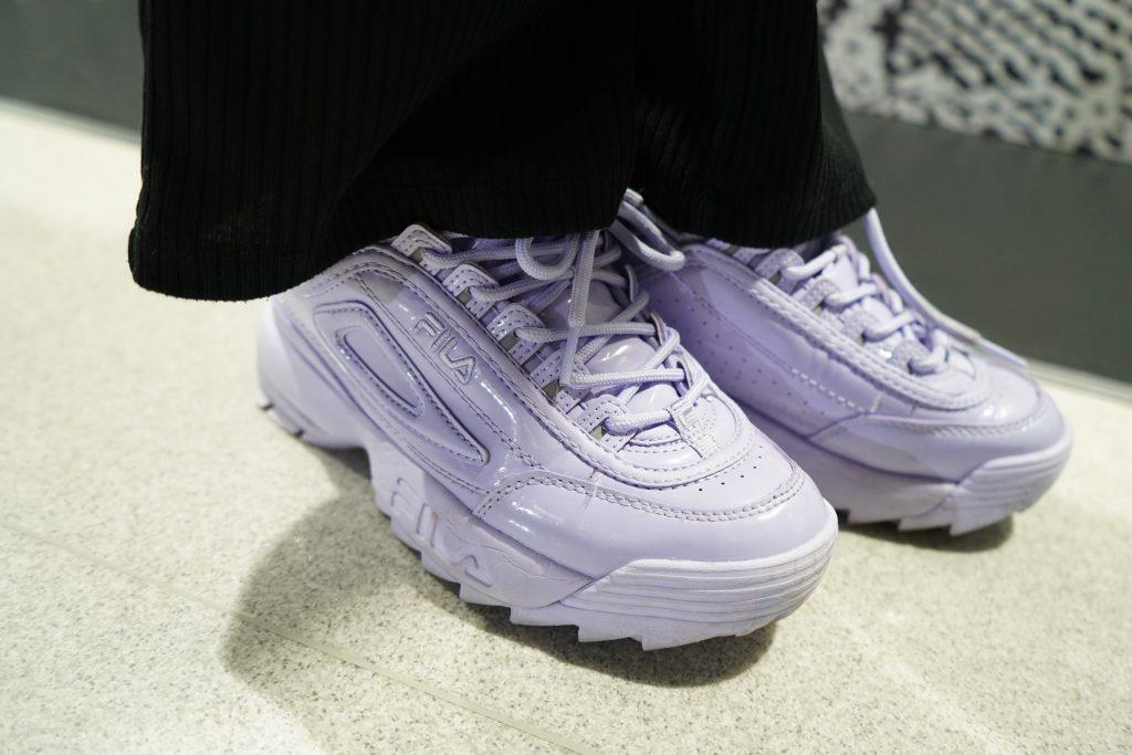 アトモスコン 7 スナップ写真 (atmoscon-vol.7-sneaker-girl-style-snap-Rino_fila_disruptor2)