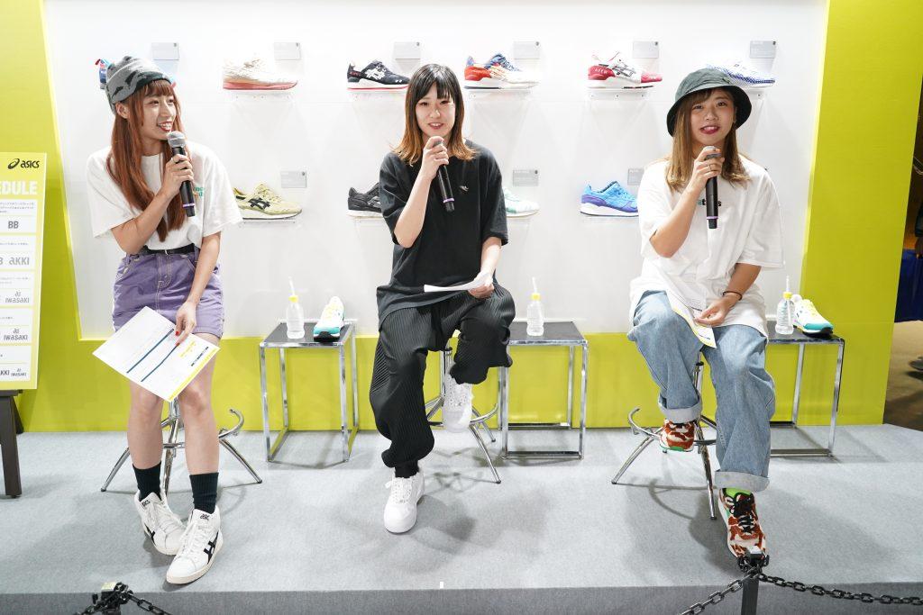 アトモスコン vol.7 スニーカー女子パネルディスカッションの様子 (atmoscon-vol.7-sneaker-girl-style-snap-Sneaker_joshi_panel_discussion)