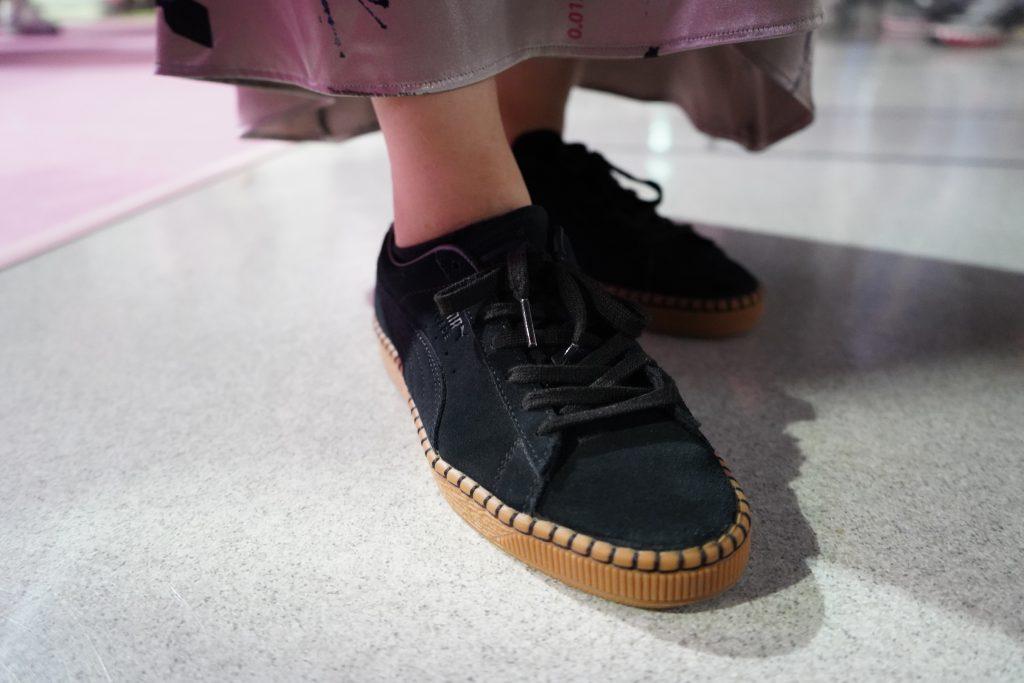 アトモスコン 7 スナップ写真 (atmoscon-vol.7-sneaker-girl-style-snap-reebok_suede_Classic Blanket Stitch)