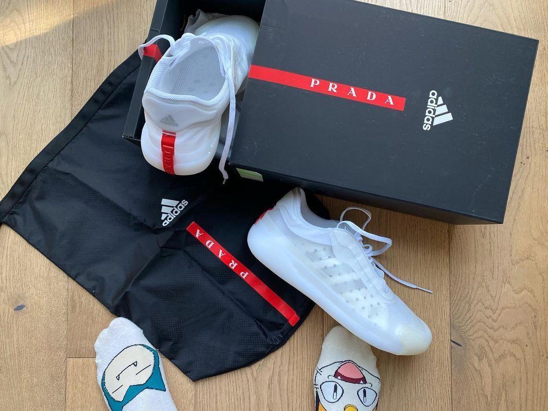 アディダス プラダ コラボ スニーカー 最新 adidas x Prada collaboration sneaker pair box