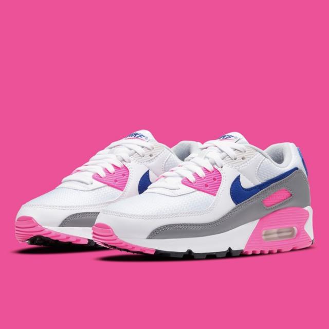 """ナイキ エアマックス 3 """"ピンクブラスト : womens-air-max-3-pink-blast-CT1887-100_main_pinkbackground"""