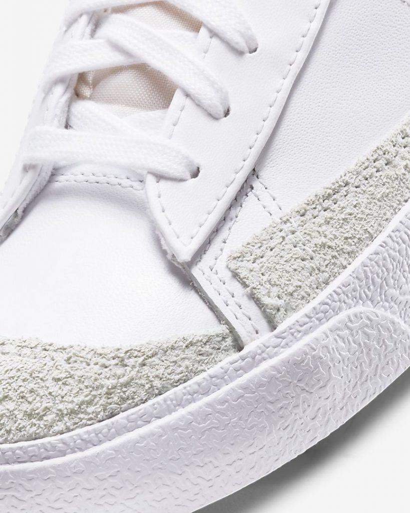 """ナイキ ウィメンズ ブレーザー ミッド '77 SE """"シスターフッド""""Nike WMNS Blazer MID '77 SE """"Sisterhood""""-CZ4627-100-toe-closeup"""