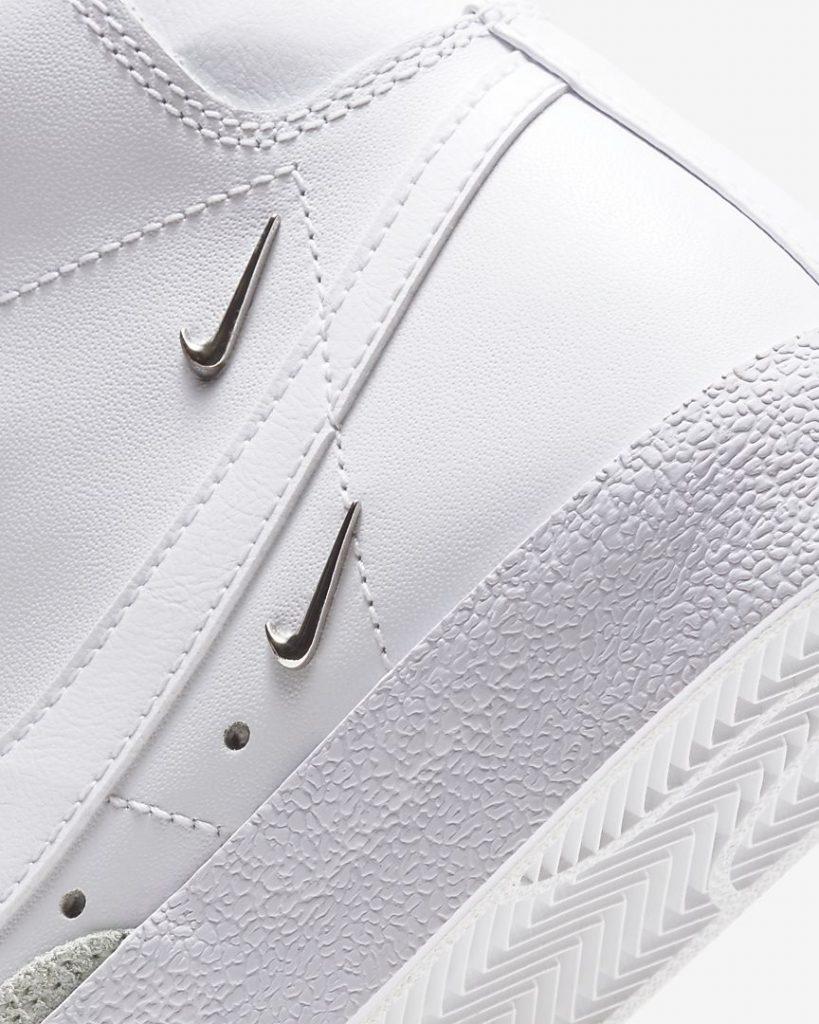 """ナイキ ウィメンズ ブレーザー ミッド '77 SE """"シスターフッド""""Nike WMNS Blazer MID '77 SE """"Sisterhood""""-CZ4627-100-heel-closeup"""