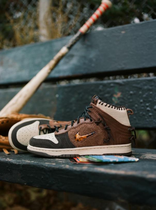 ボデガ × ナイキ ダンク ハイ Bodega-Nike-Dunk-High-Fauna-Brown-Rustic-Velvet-Brown-Multi-Color-CZ8125-200 CZ8125-200 wearing 8