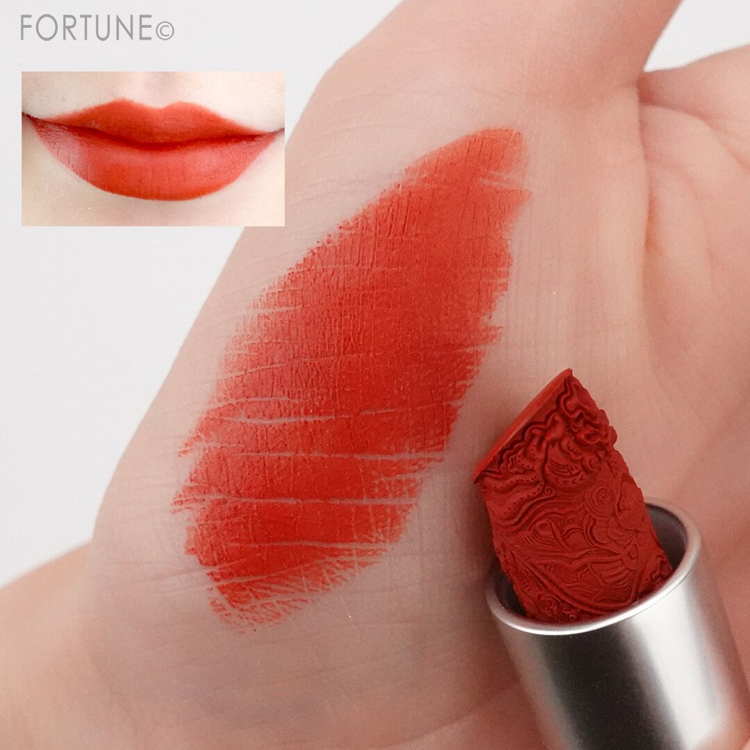 花西子 Florasis 中国コスメ クリスマス コフレ 2020年 Chinese Cosmetics Christmas Coffret 2020 eyebrow lip stick swatch