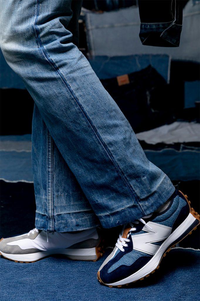 Levi's New Balance 327 リーバイス ニューバランス コラボ スニーカー image denim blue