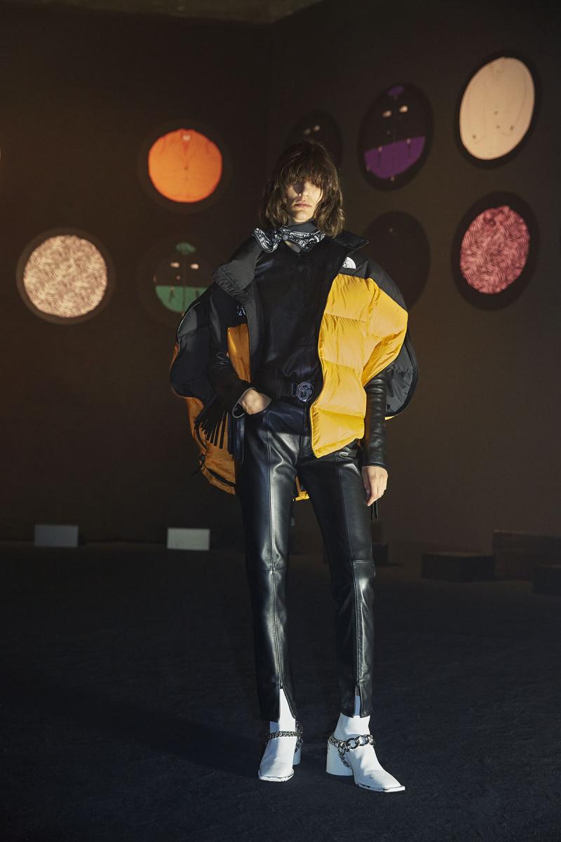 MM6 Maison Margiela x The North Face エムエム6 メゾン マルジェラ ザ・ノース・フェイス コラボ runway London Fashion Week