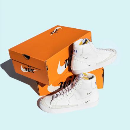 """ナイキ ウィメンズ ブレーザー ミッド '77 SE """"シスターフッド""""Nike WMNS Blazer MID '77 SE """"Sisterhood""""-CZ4627-100-on-box"""