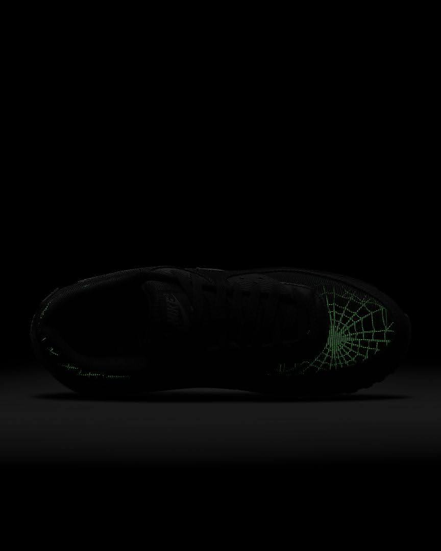 ナイキ エア マックス 90 スパイダー ウェブ Nike-Air-Max-90-spider-Web-top-glow
