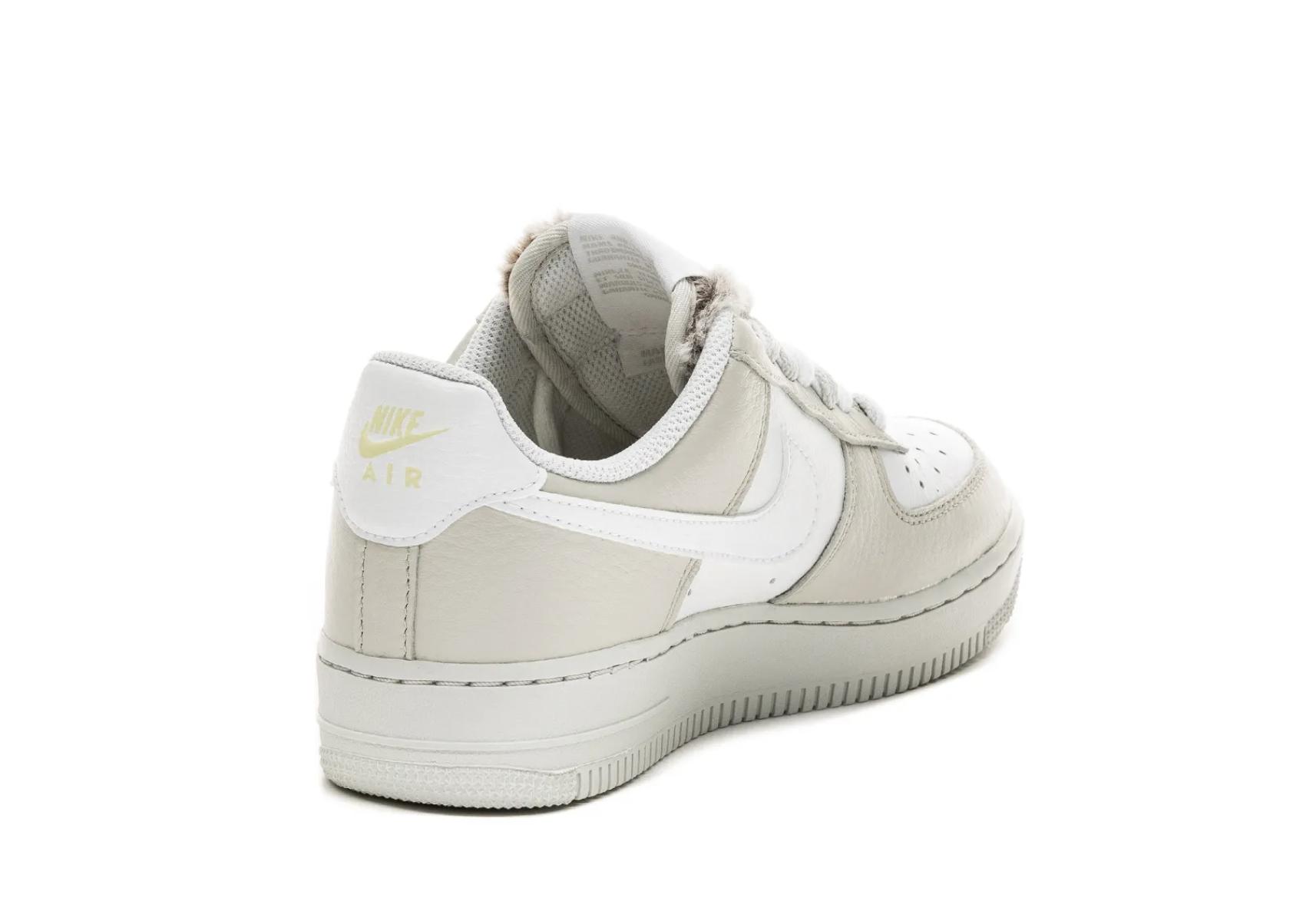 """10月24日予定【NIKE WMNS AIR FORCE 1 '07 """"Light Bone""""】ナイキ ウィメンズ エアフォース1 """"ライトボーン"""":Nike Wmns Air Force 1 '07_DC1165 001_from back"""