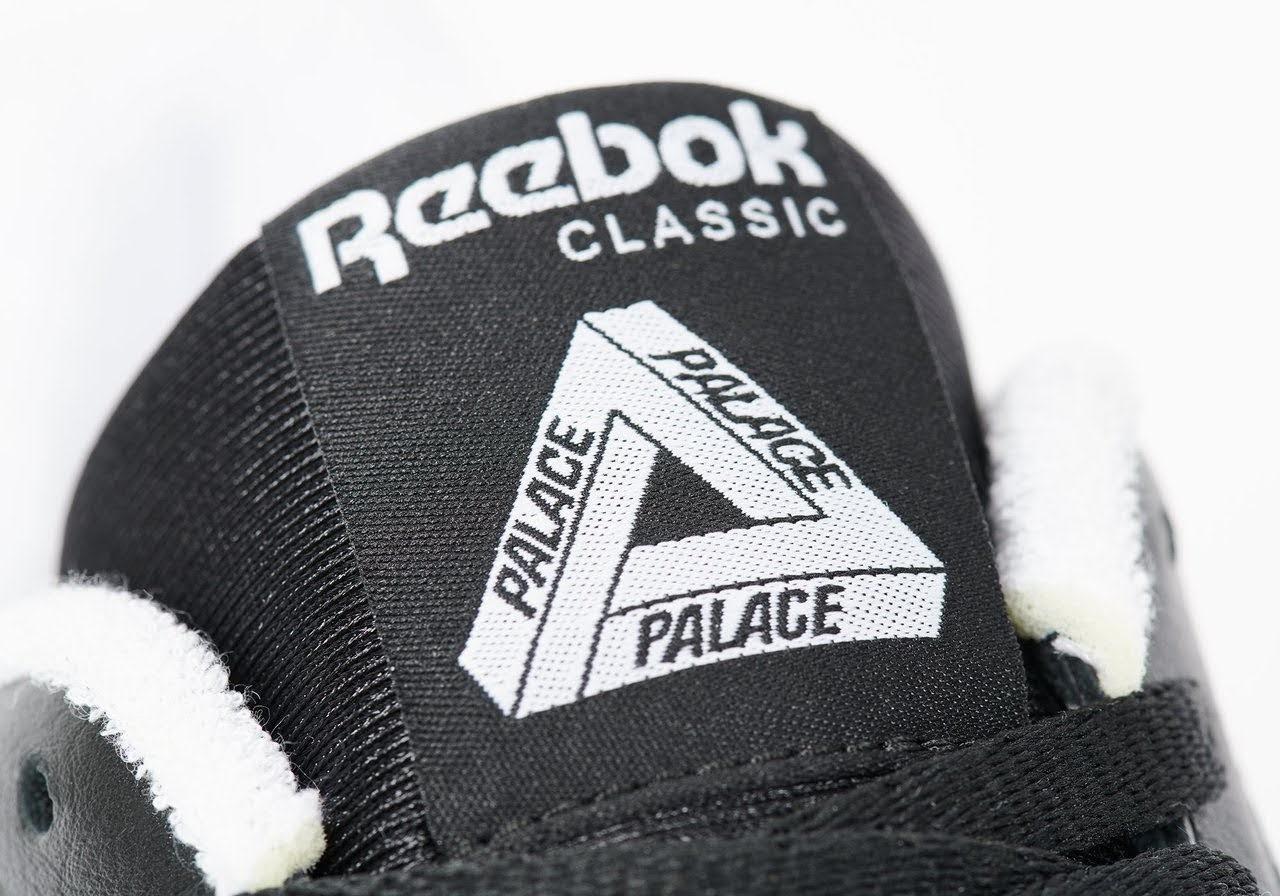 パレス スケートボード × リーボック クラシック レザー ポンプ / ブラック Palace-Winter-Reebok-pump-black-tongue-logo-closeup