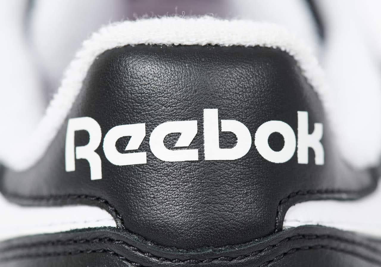 パレス スケートボード × リーボック クラシック レザー ポンプ / ブラック Palace-Winter-Reebok-pump-black-heel-logo-closeup