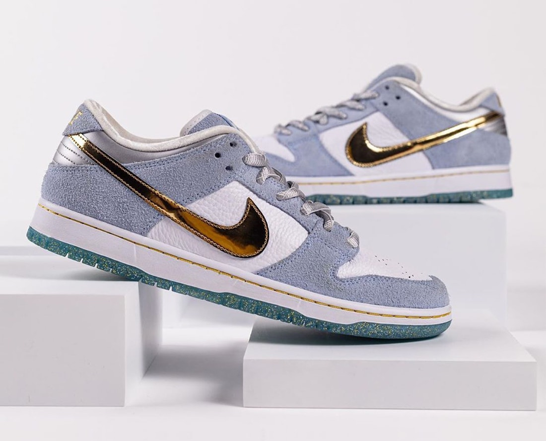 Sean-Cliver-Nike-SB-Dunk-Low-DC9936-100-pair-side