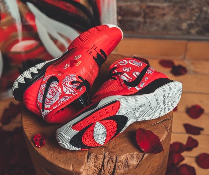 Sneaker Room Nike Kyrie 6 Mom スニーカー ルーム ナイキ コラボ 6 マム image red side design