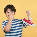 【即効でスニーカーを消臭!?】スニーカーのニオイ解決方法まとめ: Sneakers_smell_solution