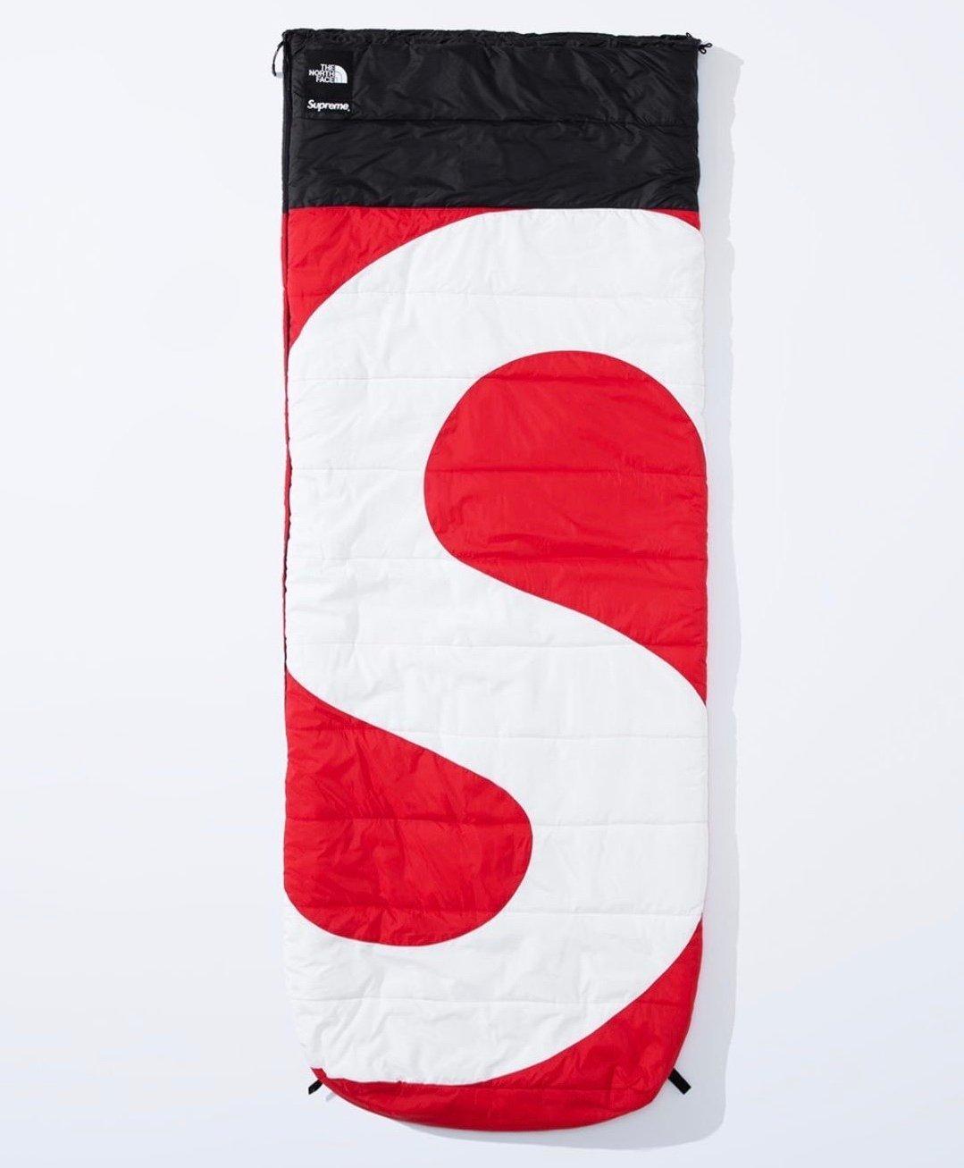 シュプリーム ザ・ノースフェイス コラボ 2020年 秋冬 新作 Supreme 2020fw week 10 The North Face S Logo Dolomite Sleeping Bag red