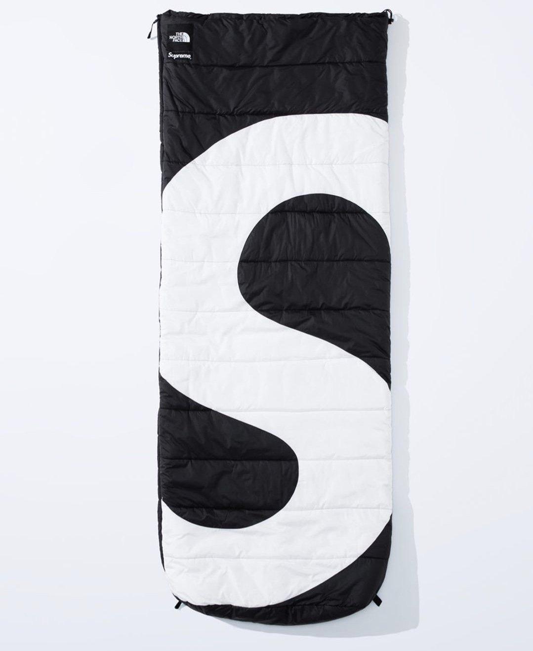 シュプリーム ザ・ノースフェイス コラボ 2020年 秋冬 新作 Supreme 2020fw week 10 The North Face S Logo Dolomite Sleeping Bag black