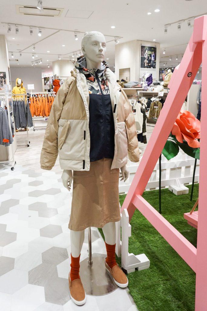 ワークマン女子 店舗 1号店 横浜 デザイン 内装 Workman Joshi shop info floor design マネキン