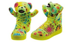 派手スニーカー特集:adidas Originals by Jeremy Scott_neon_flowers_bear