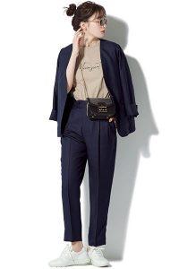 白スニーカー×スーツ white_sneaker_suit