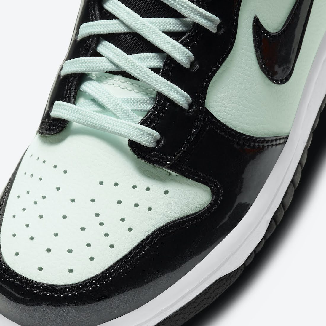 """ナイキ ダンク ハイ """"オールスター"""" Nike-Dunk-High-All-Star-2021-DD1846-300-toe"""