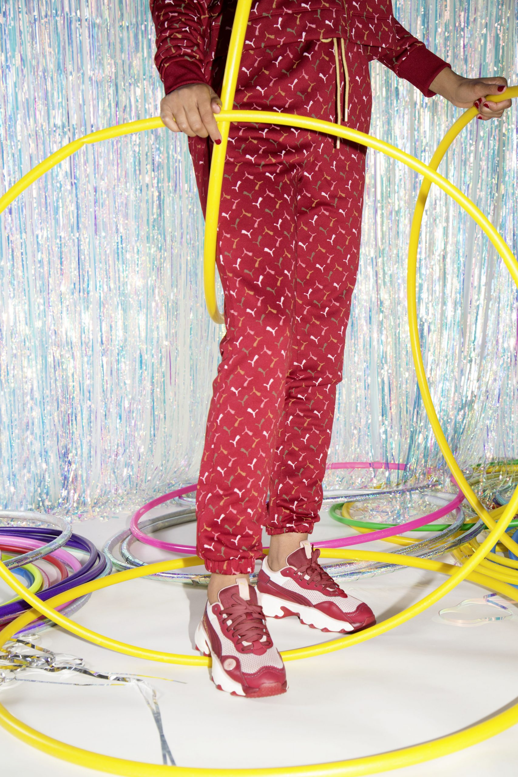 CHARLOTTE OLYMPIA × PUMA RISE NU & CALI WEDGE & MILE RIDER & PULSAR シャーロット・オリンピア × プーマ ライズ NU & カリ ウェッジ & マイル ライダー & パルサー 374337_01 374339_01 374338_01 374340_01 wearing