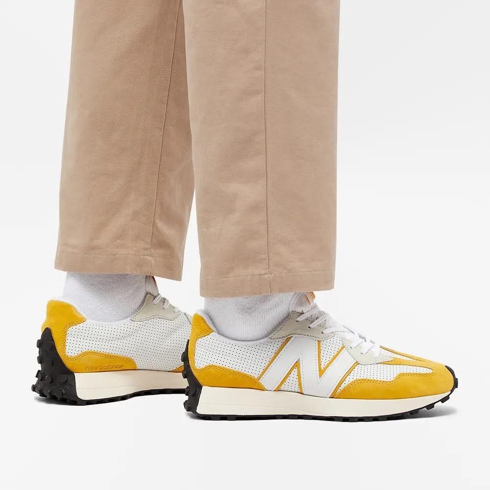 """ニューバランス 327 """"プライマリーパック""""-new-balance-327-white-yellow-MS327PG-look"""