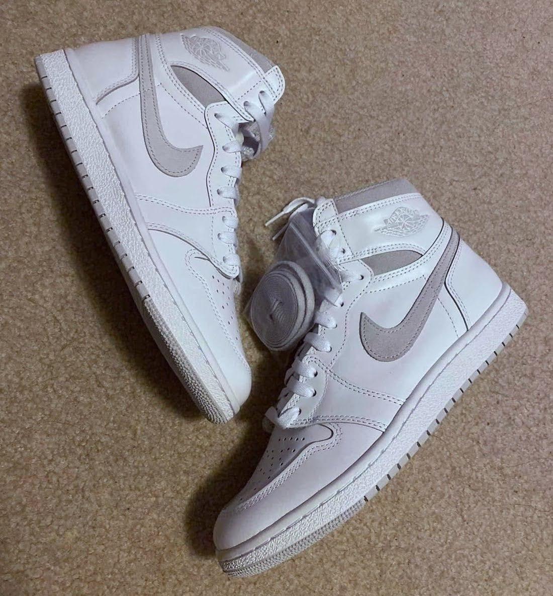 """ナイキ エアジョーダン1 ハイ 85 """"ニュートラルグレー""""-Nike-Air-Jordan-1-High-85-Neutral-Grey-BQ4422-100-2021-pair"""