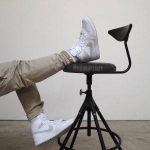 """ナイキ エアジョーダン1 ハイ 85 """"ニュートラルグレー""""-Nike-Air-Jordan-1-High-85-Neutral-Grey-BQ4422-100-2021-on-feet"""