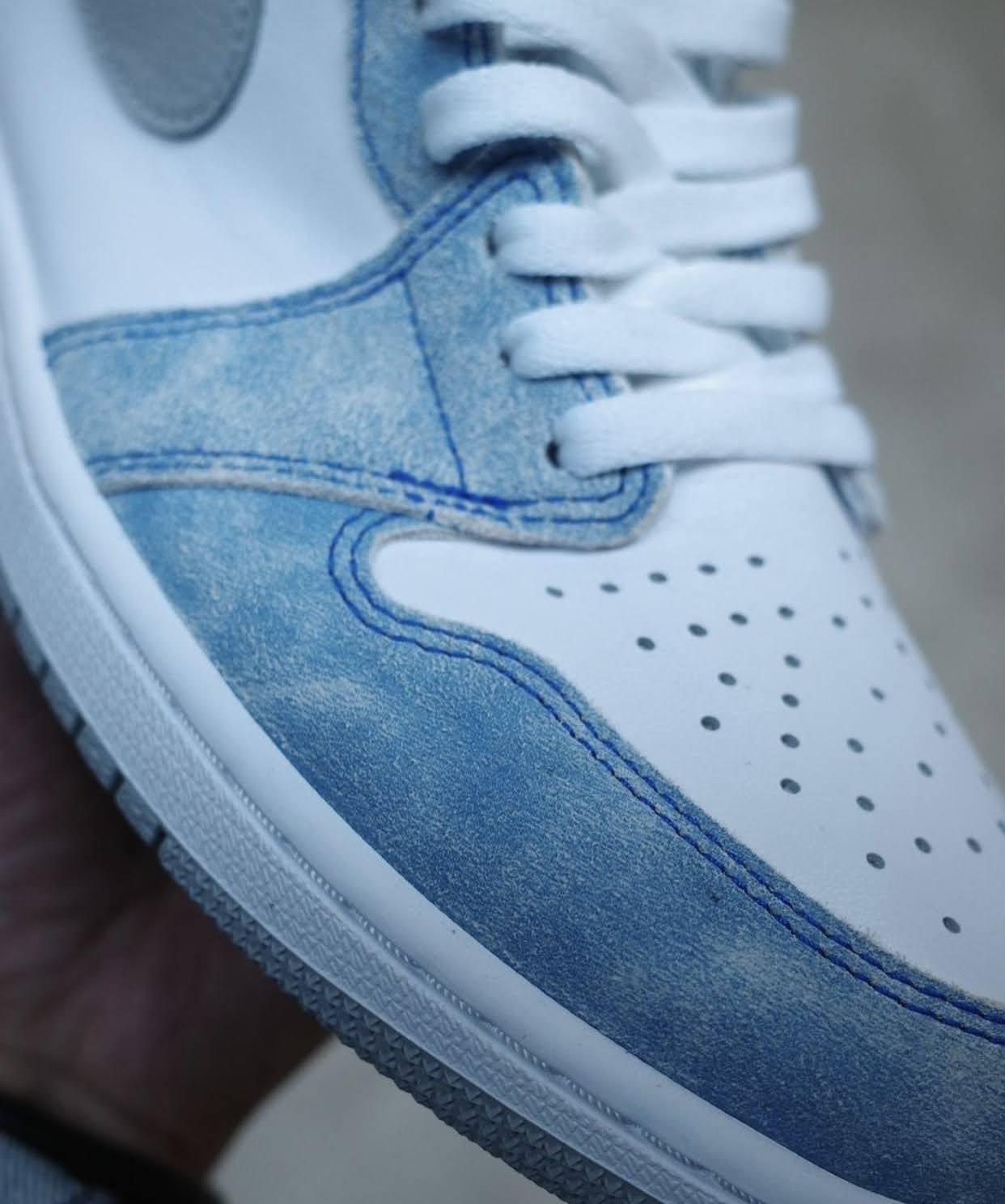 """ナイキ エア ジョーダン 1 ハイ OG """"ハイパーロイヤル"""" Nike-Air-Jordan-1-Hyper-Royal-555088-402-8-side-closeup"""