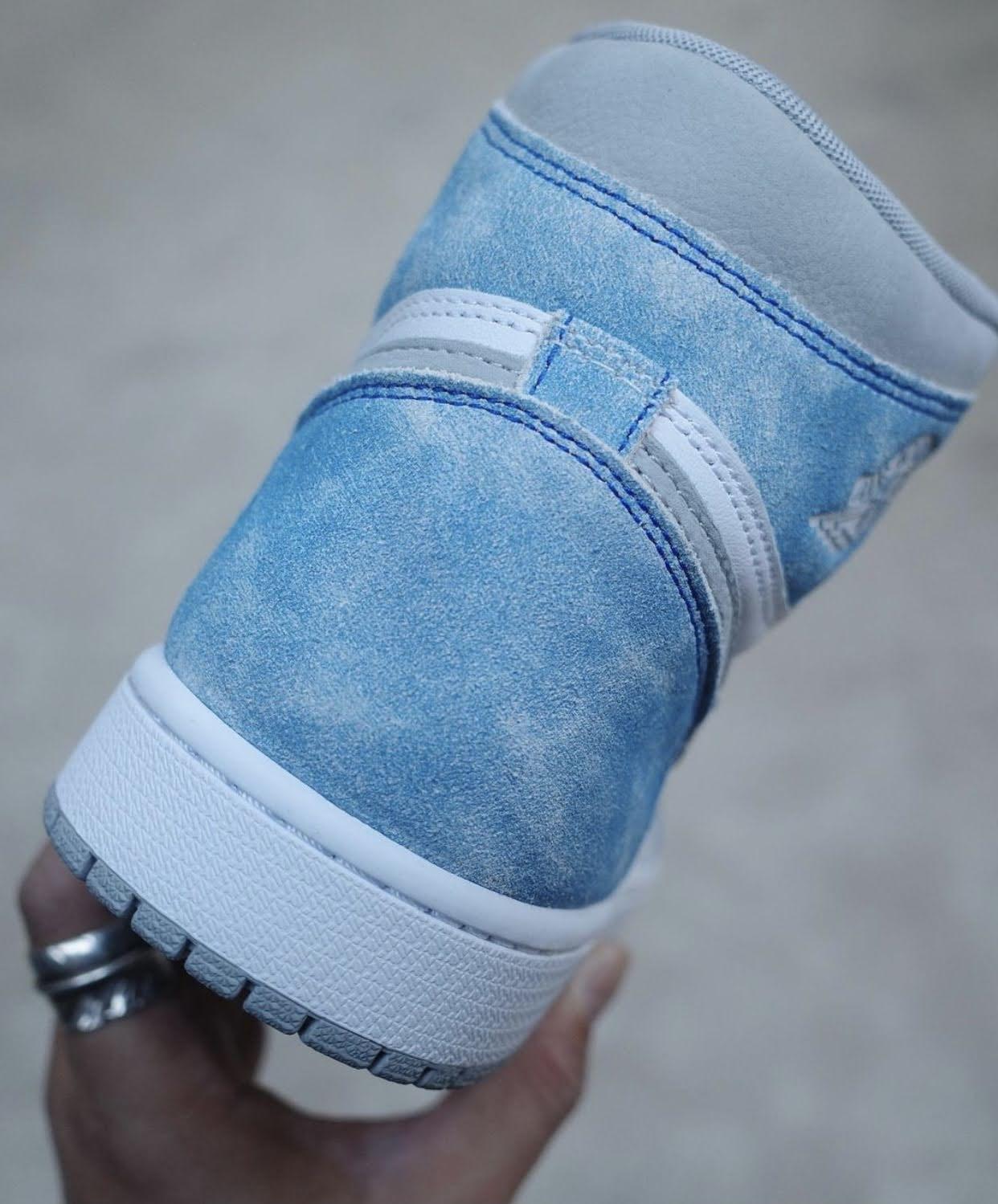 """ナイキ エア ジョーダン 1 ハイ OG """"ハイパーロイヤル"""" Nike-Air-Jordan-1-Hyper-Royal-555088-402-11-heel"""