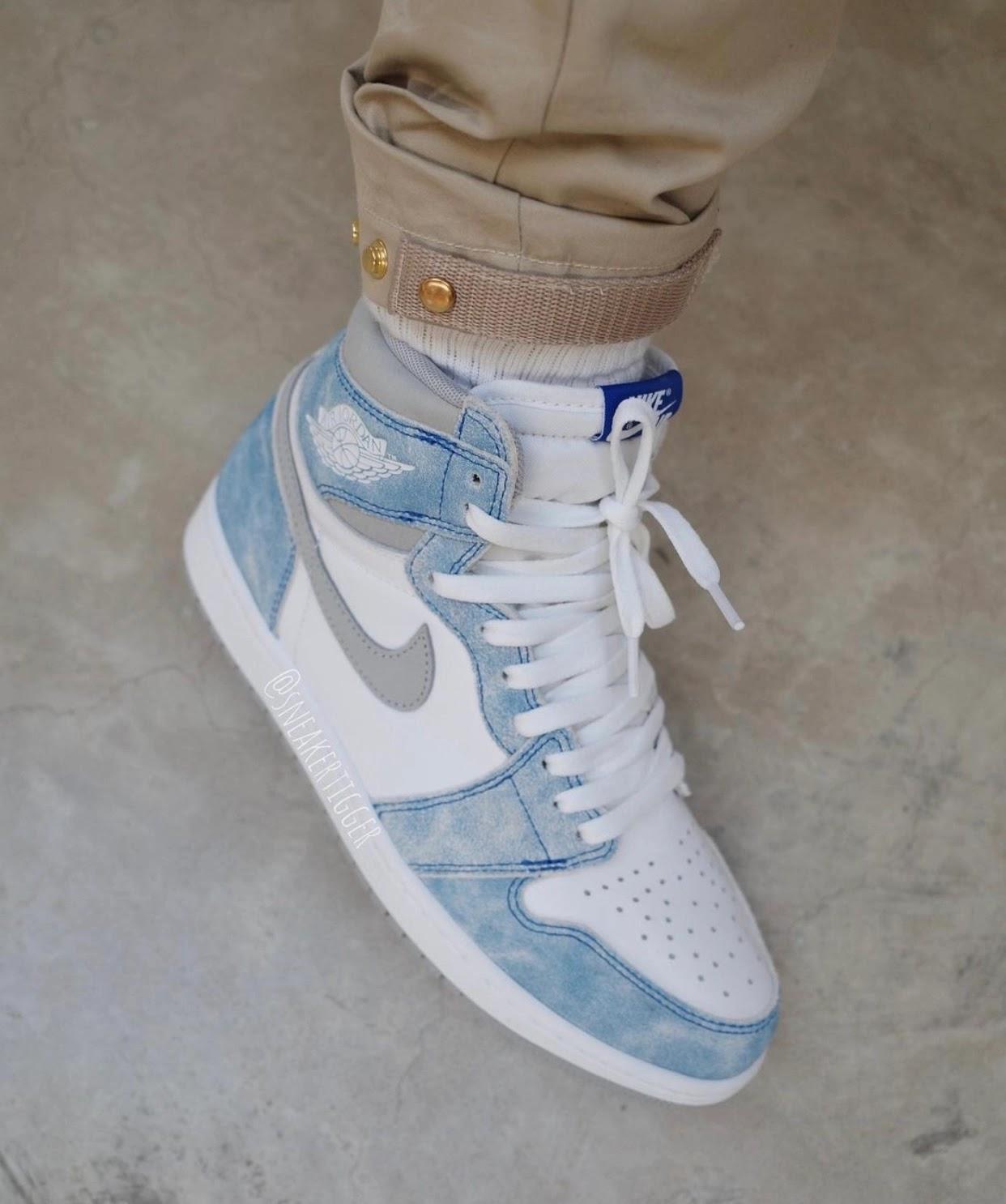 """ナイキ エア ジョーダン 1 ハイ OG """"ハイパーロイヤル"""" Nike-Air-Jordan-1-Hyper-Royal-555088-402-2-on-foot"""