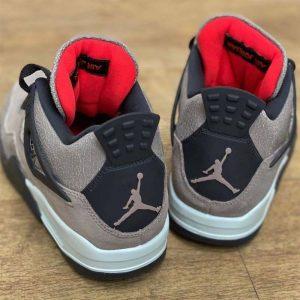 """ナイキ エア ジョーダン 4 """"タープヘイズ""""-Air-Jordan-4-Taupe-Haze-DB0732-200-Release-Date-pair-heel-on-wood-floor"""