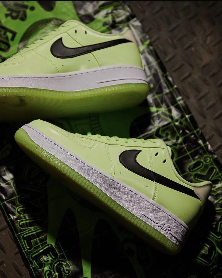 ナイキ ウィメンズ エア フォース 1 '07 LX Nike WMNS Air Force 1 '07 LX-pair-3