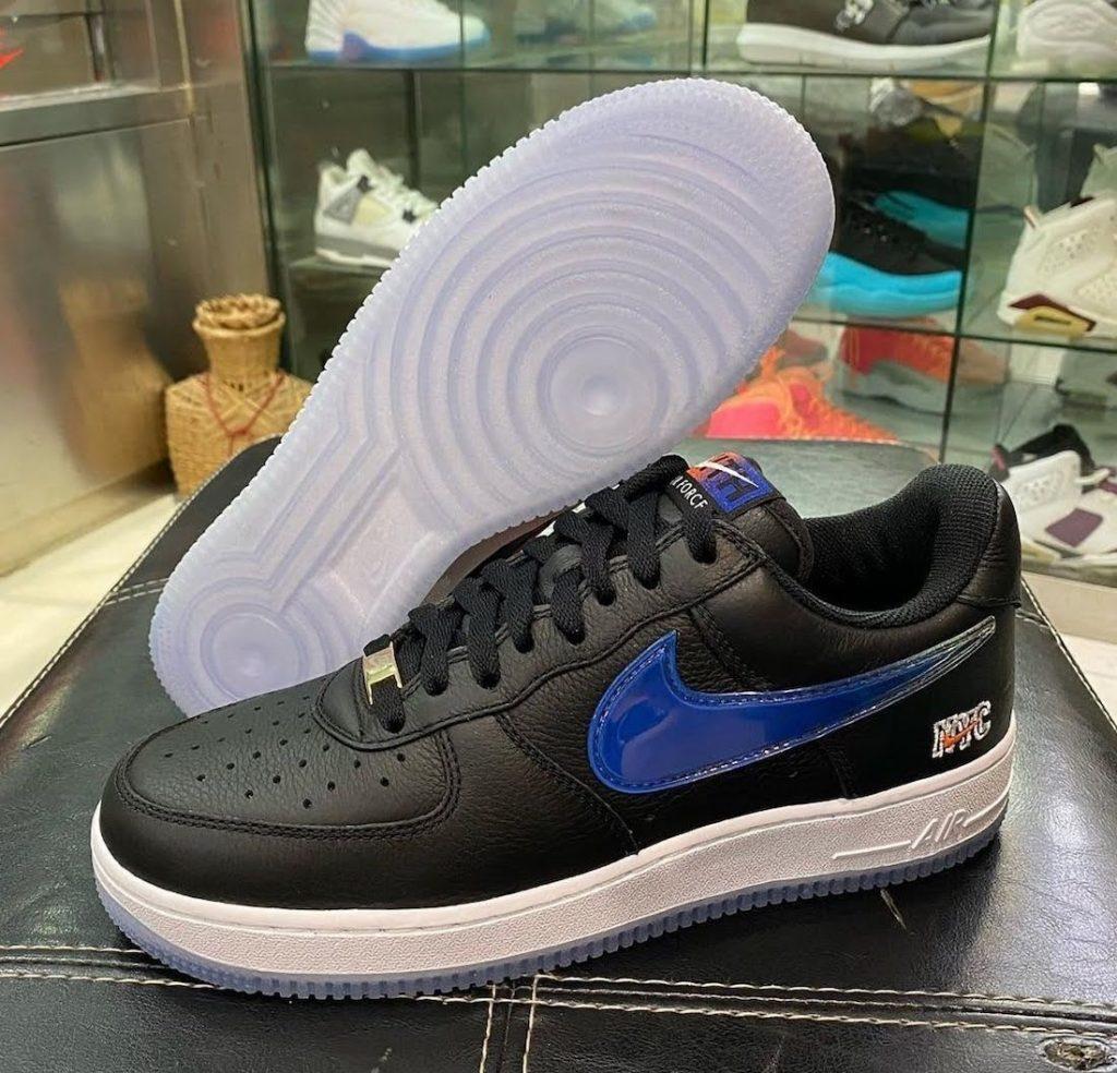 """キス x ナイキ エア フォース 1 ロー """"NYC""""-Kith-Nike-Air-Force-1-Low-NYC-Black-CZ7928-001-pair-side"""