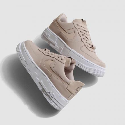 AF1 Pixel snkrgirl_best_sneakers_2020_top10-NIKE_WMNS-AF1-PIXEL