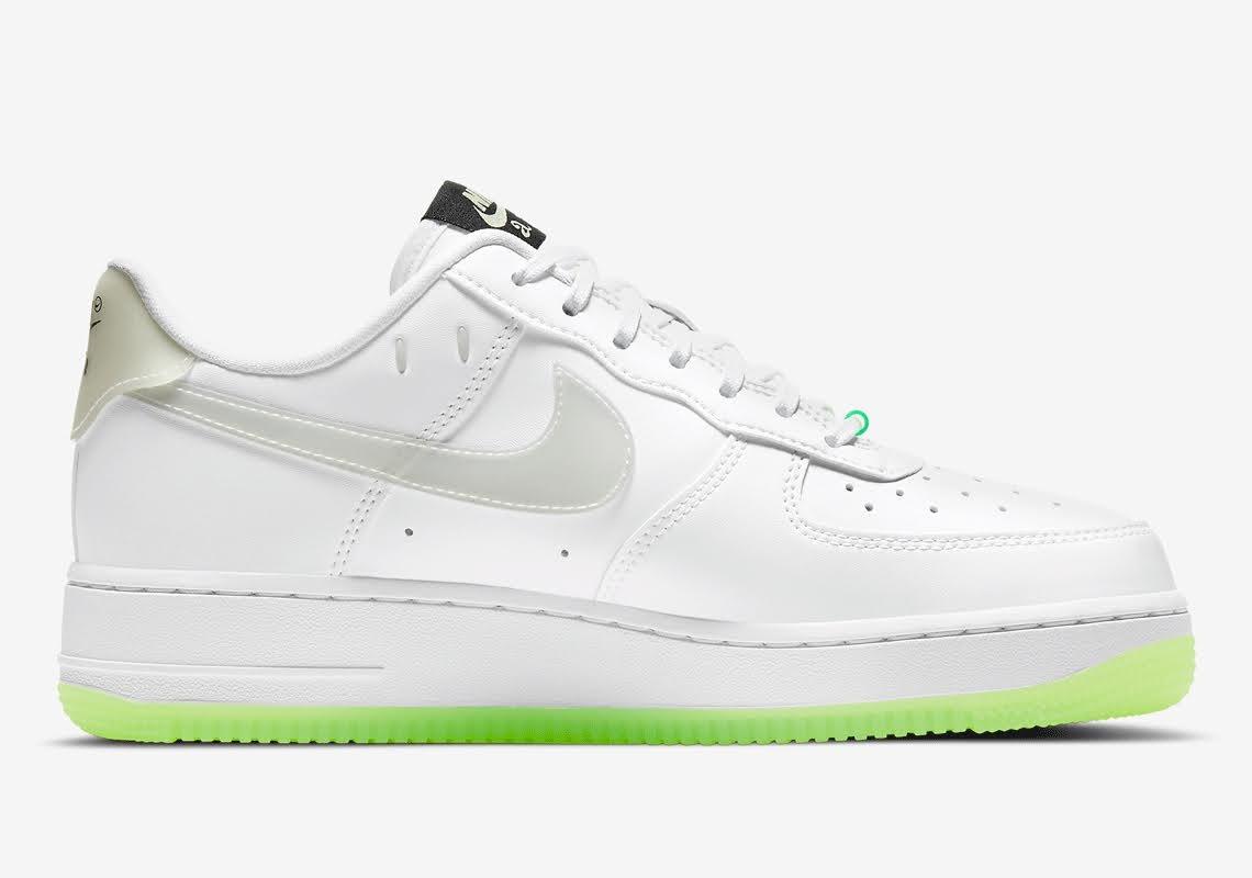 ナイキ エア フォース 1 ハブ ア ナイキ デー グロー イン ザ ダーク ホワイト Nike-Air-Force-1-Low-Have-A-Nike-Day-CT3228-100-CT3228-701 inside
