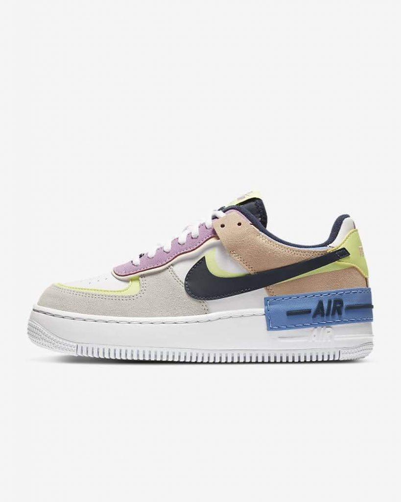 【2位】Nike エアフォース1 2020-ladies-sneakers-ranking-Nike-Air-Force-1-Shadow