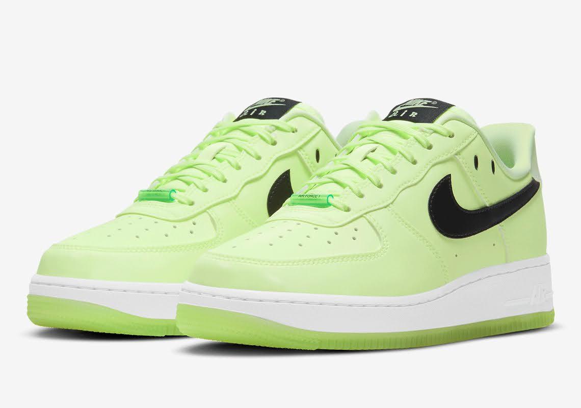 ナイキ エア フォース 1 ハブ ア ナイキ デー グロー イン ザ ダーク グリーン Nike-Air-Force-1-glow-in-the-dark-have-a-nike-day-CT3228-701 main