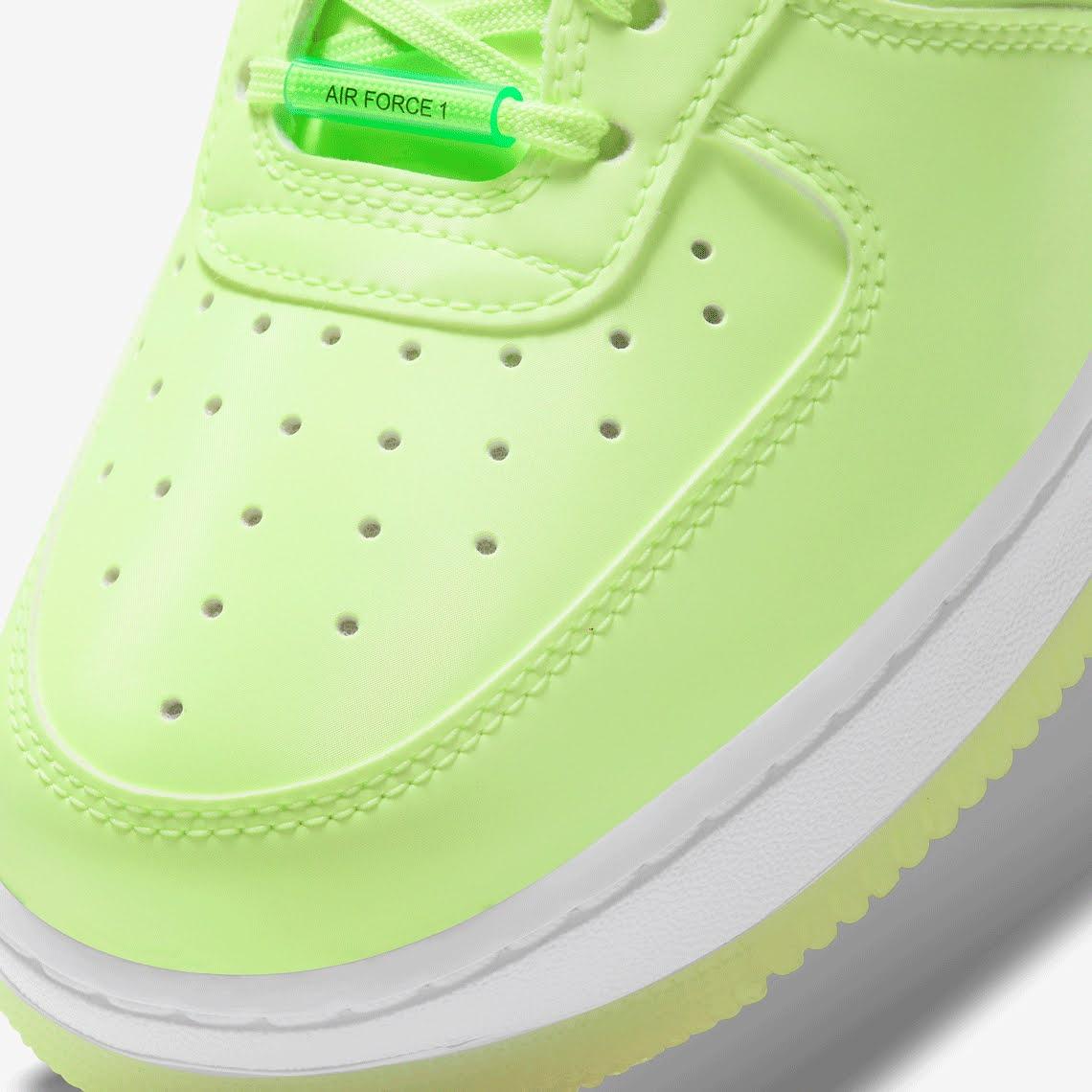 ナイキ エア フォース 1 ハブ ア ナイキ デー グロー イン ザ ダーク グリーン Nike-Air-Force-1-glow-in-the-dark-have-a-nike-day-CT3228-701 toe