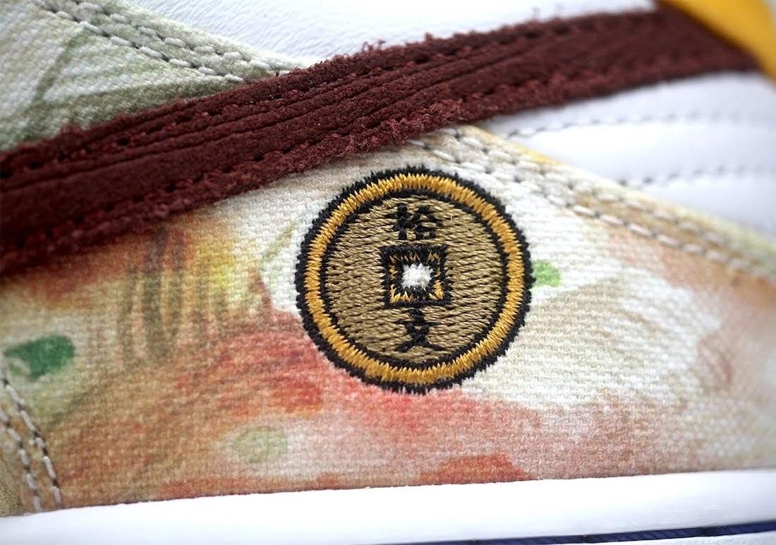 """ジェイソン デング x ナイキ SB ダンク ロー """"ストリート ホーカー"""" Jason-Deng-Nike-SB-Dunk-Low-Street-Hawker-CV1628-800-20-side-logo-closeup"""