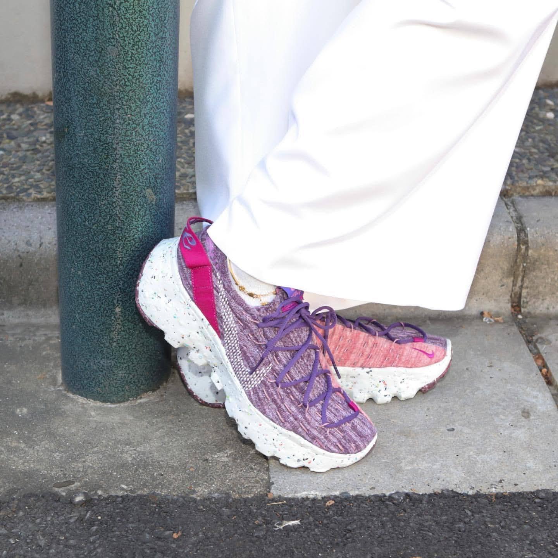 ナイキ スペース ヒッピー 04 カクタス フラワー atmos Nike-Space-Hippie-04-Cactus-Flower wearing image sneaker