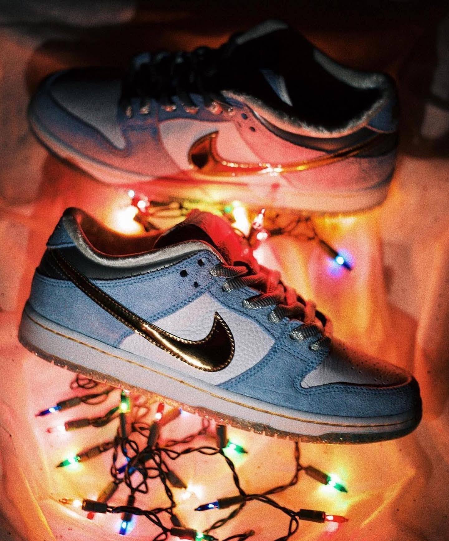 ショーン クライヴァ― ナイキ コラボ ダンク ロー ホリデー スペシャル クリスマス Sean-Cliver-Nike-SB-Dunk-Low-Holiday-Special