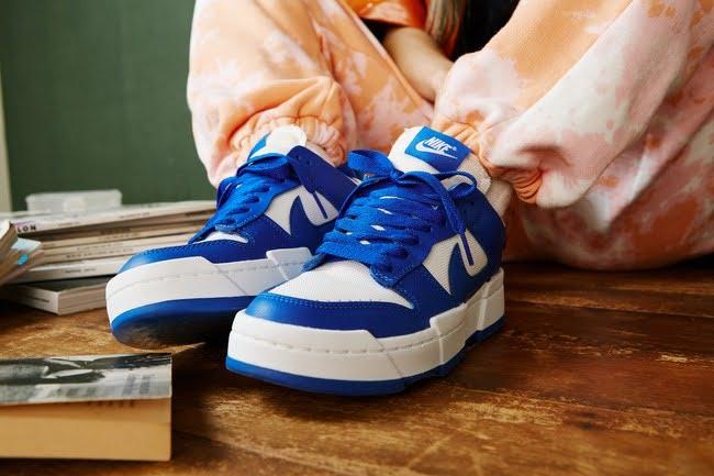 2020年発売 ナイキ ウィメンズ ダンク!nike-wmns-dunk-2020-Nike-Dunk-Low-Disrupt-Womens-blue-on-foot