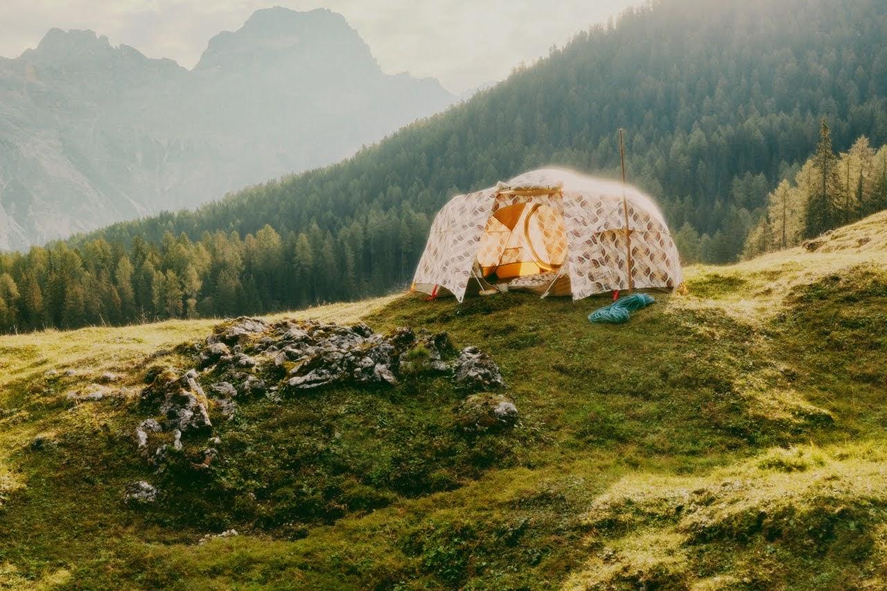 ザ ノース フェイス x グッチ コレクション gucci-the-north-face-collection-30-tent