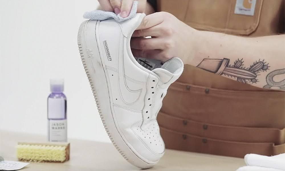 スニーカー 洗い方 ケア 方法 おすすめ white-sneakers-how-to-wash nike back