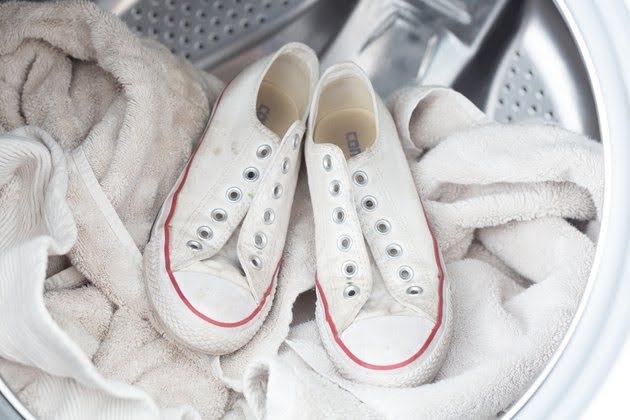 スニーカー 洗い方 ケア 方法 洗濯機 how-to-clean-your-sneakers-wash-guide